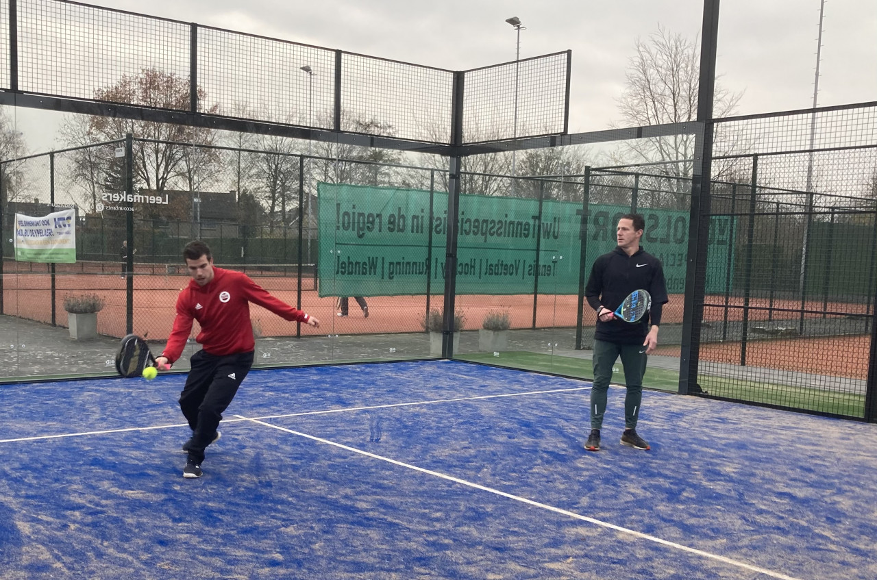 MvB TRAINING start met Padeltrainingen op HTC de Ypelaer
